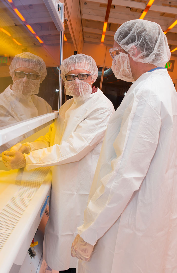 UD clean room in nanofabrication facility